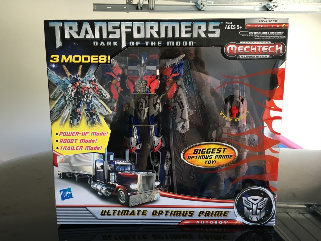 transformers dark of the moon movie (dotm) ultimate class optimus
