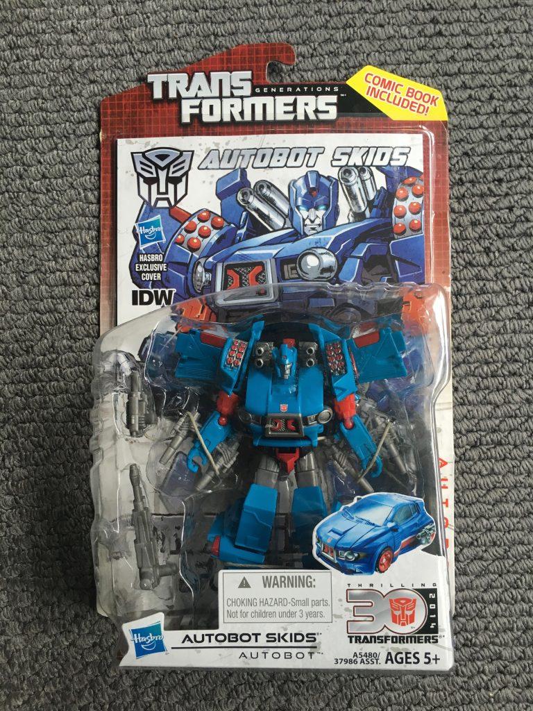 Transformers Generations Deluxe Class Autobot Skids Figure